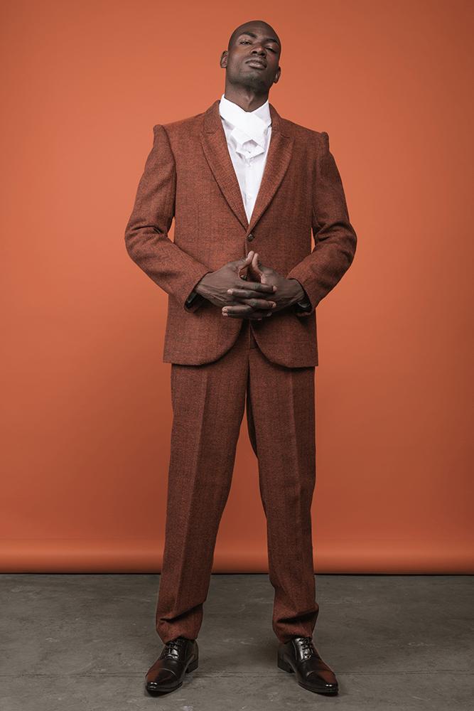 Identidad, una colección de moda de Ross Marlon