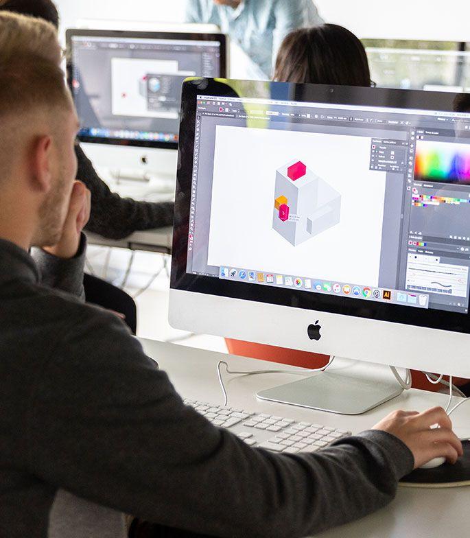 trabaja como un diseñador gráfico profesional